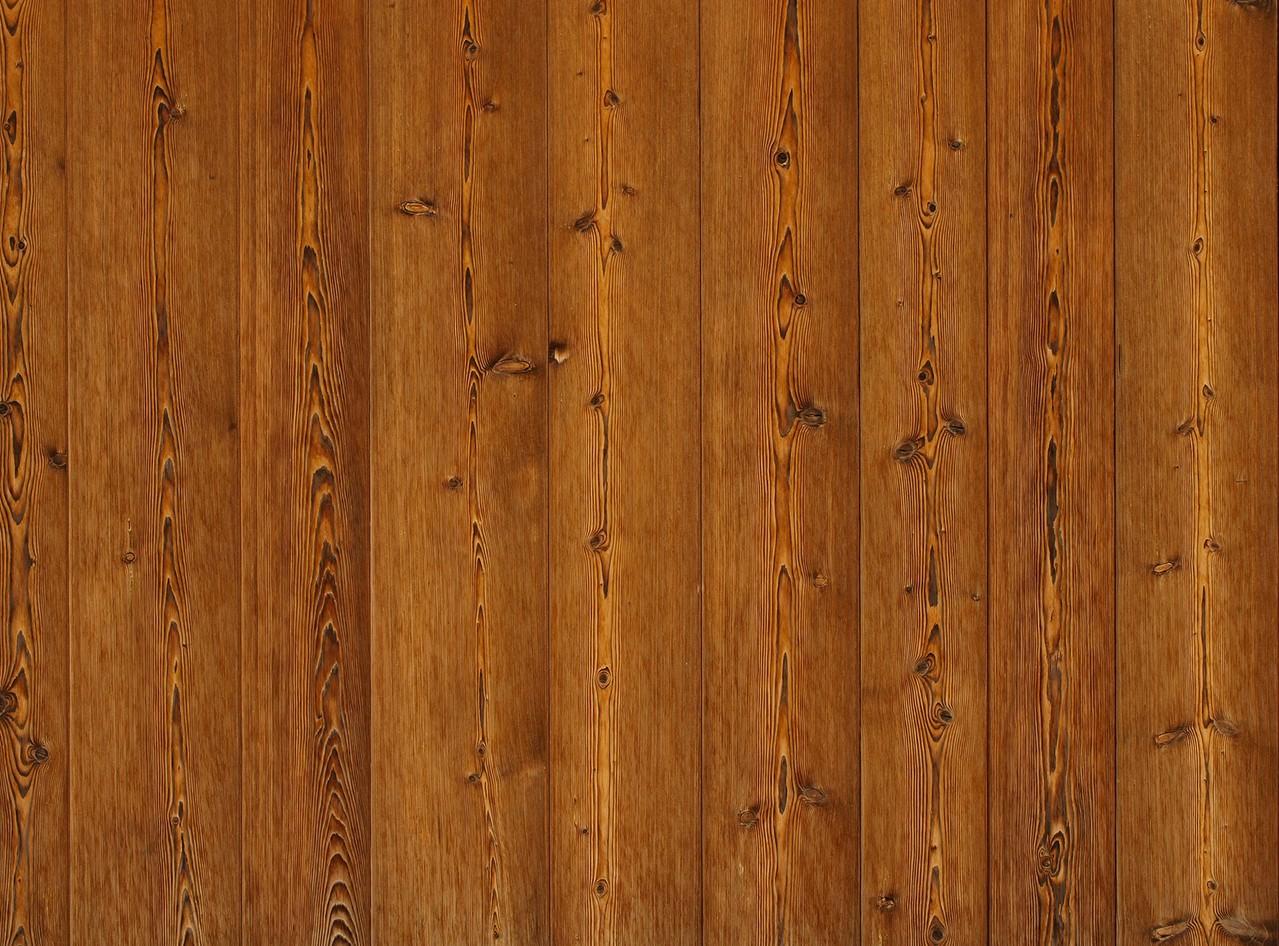 Panele podłogowe występują w różnych kolorach
